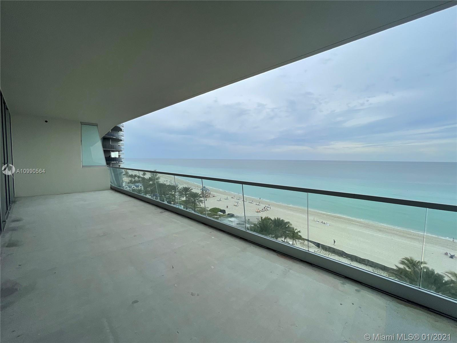 18501 Collins Ave #703 Property Photo