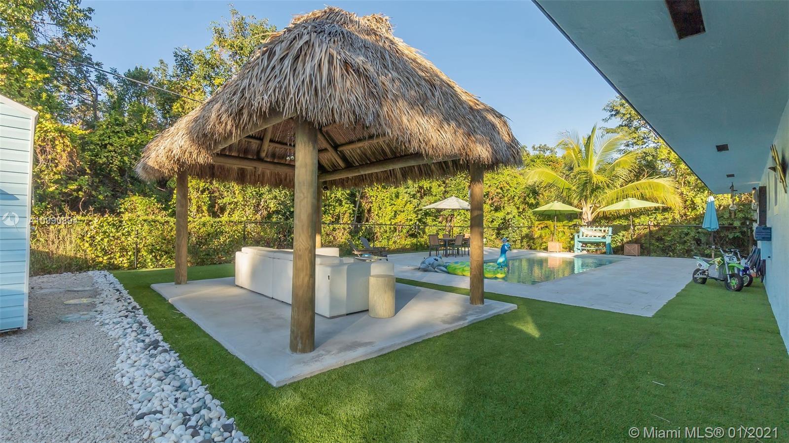 25 Palm Dr Property Photo 1