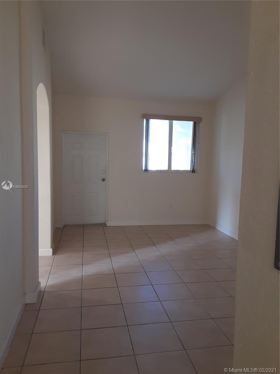 1660 Se 29th St #200 Property Photo
