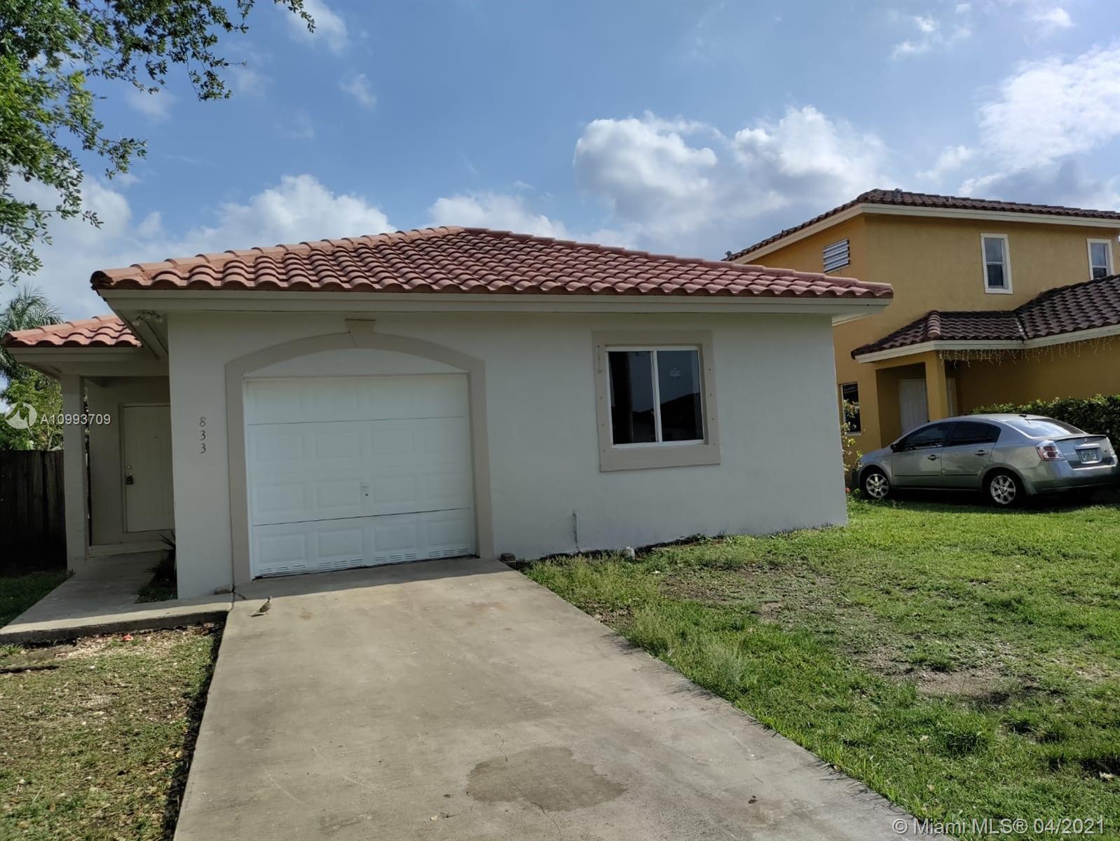 833 Sw 6th St Property Photo 1