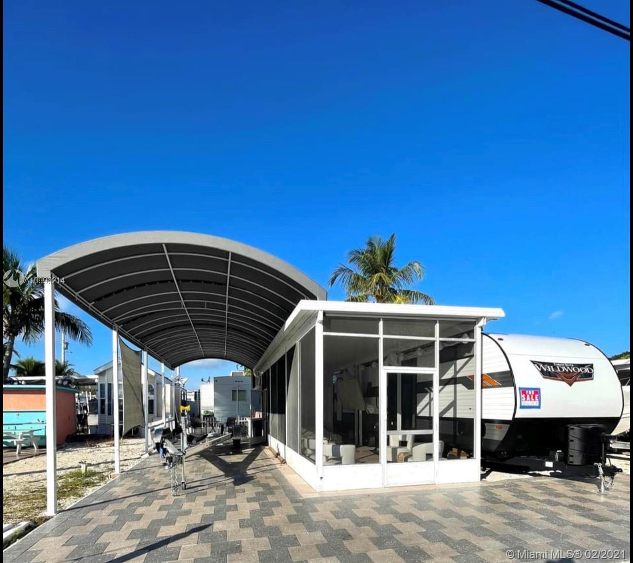 325 Calusa St Property Photo - Key Largo, FL real estate listing