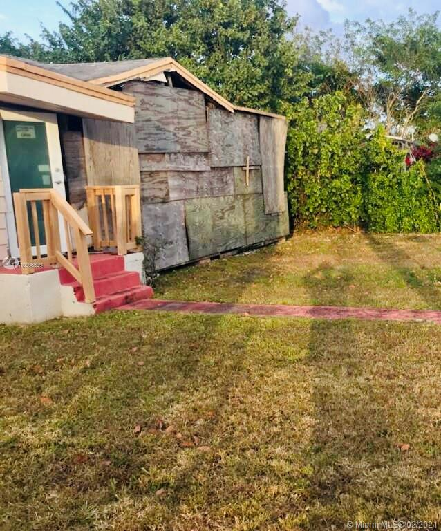 435 Nw 7th St Property Photo