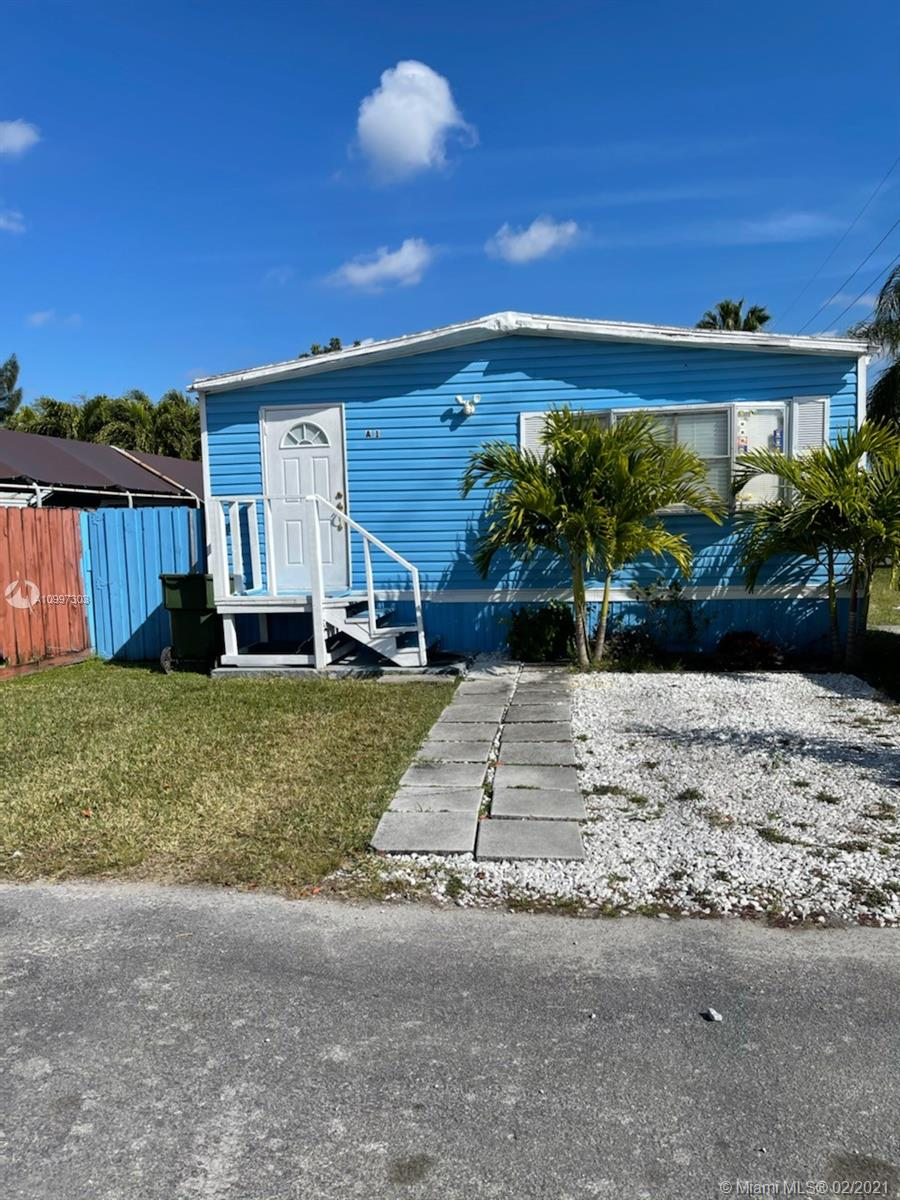 451 SE 8th St Lot A-1 Property Photo - Homestead, FL real estate listing