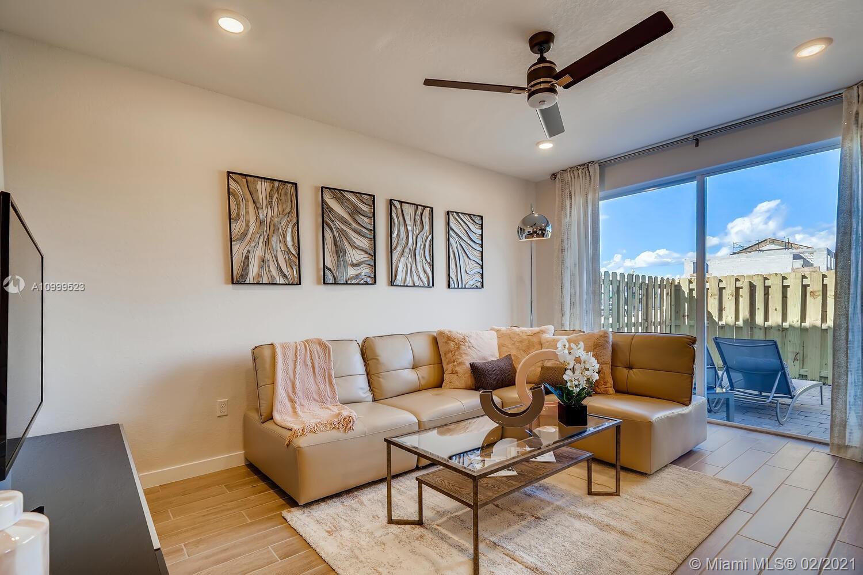1076 Se 24th Avenue Property Photo