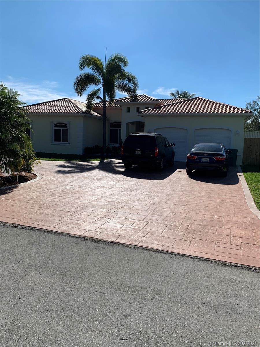 A11000304 Property Photo