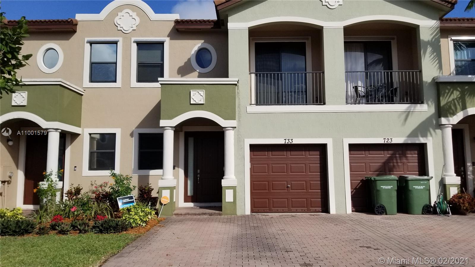 733 Ne 33rd Ter #733 Property Photo