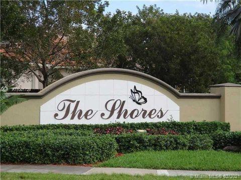 1020 Se 19th Ave Property Photo