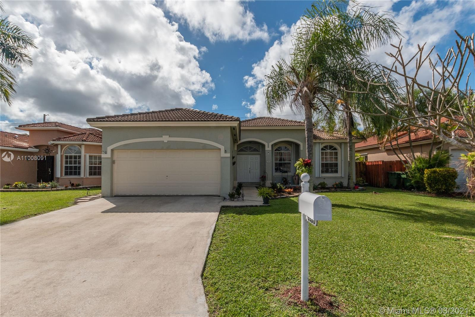 2830 SE 7th Pl Property Photo - Homestead, FL real estate listing