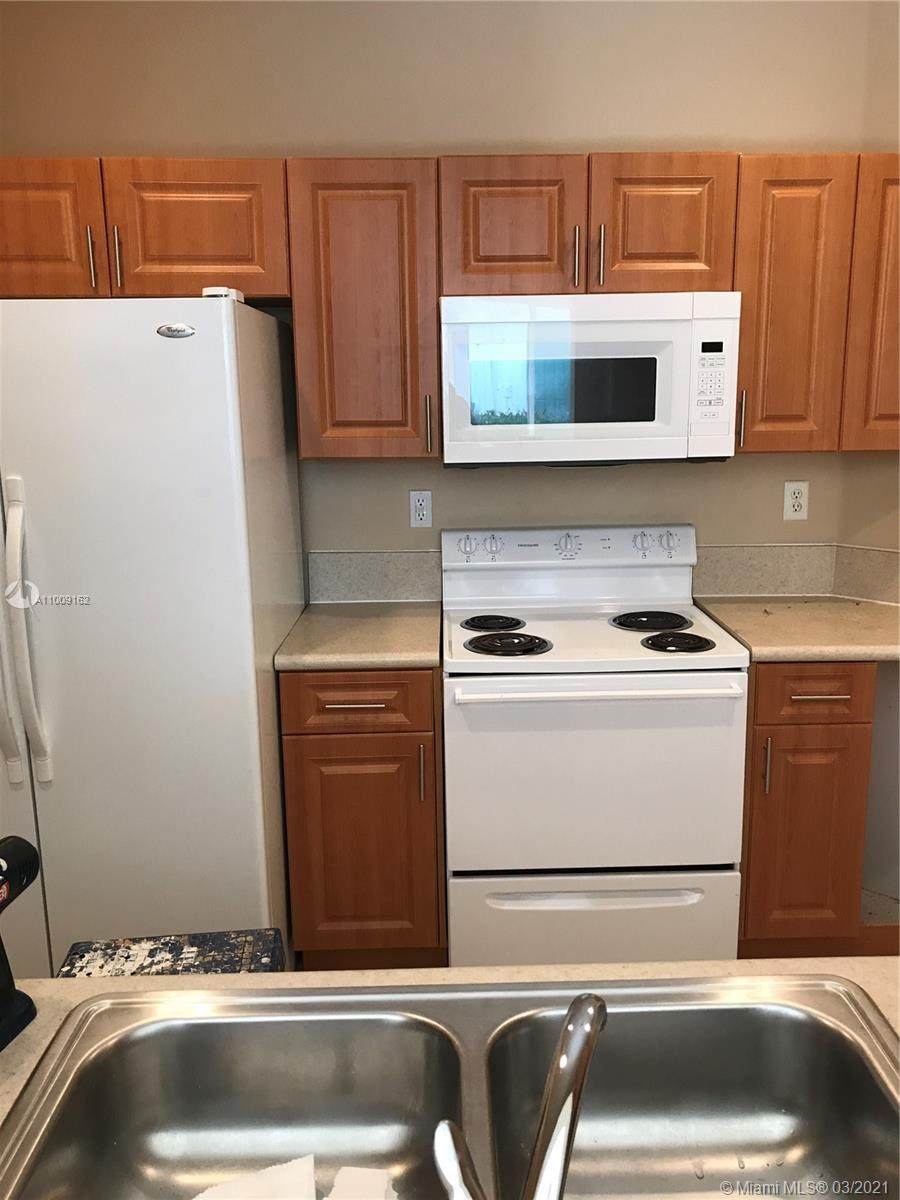1002 NE 42nd Pl #- Property Photo - Homestead, FL real estate listing