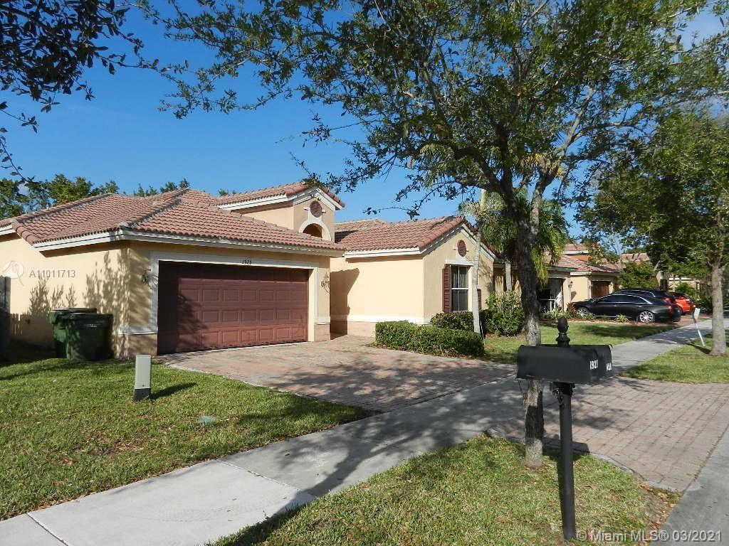 1929 NE 4th CT Property Photo - Homestead, FL real estate listing