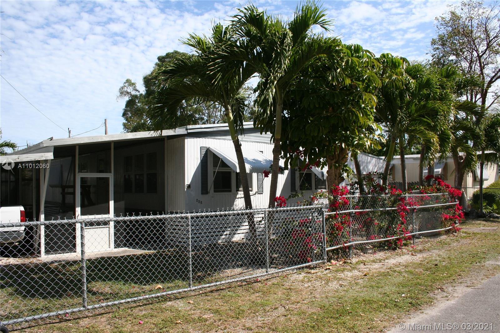 234 Loeb Ave Property Photo
