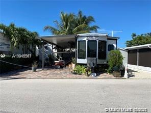 325 Calusa St Unit 2 Property Photo