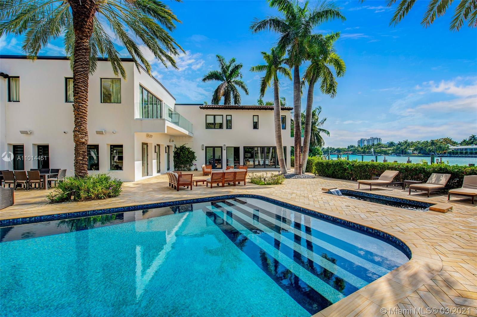 2700 N Bay Rd #* Property Photo 1