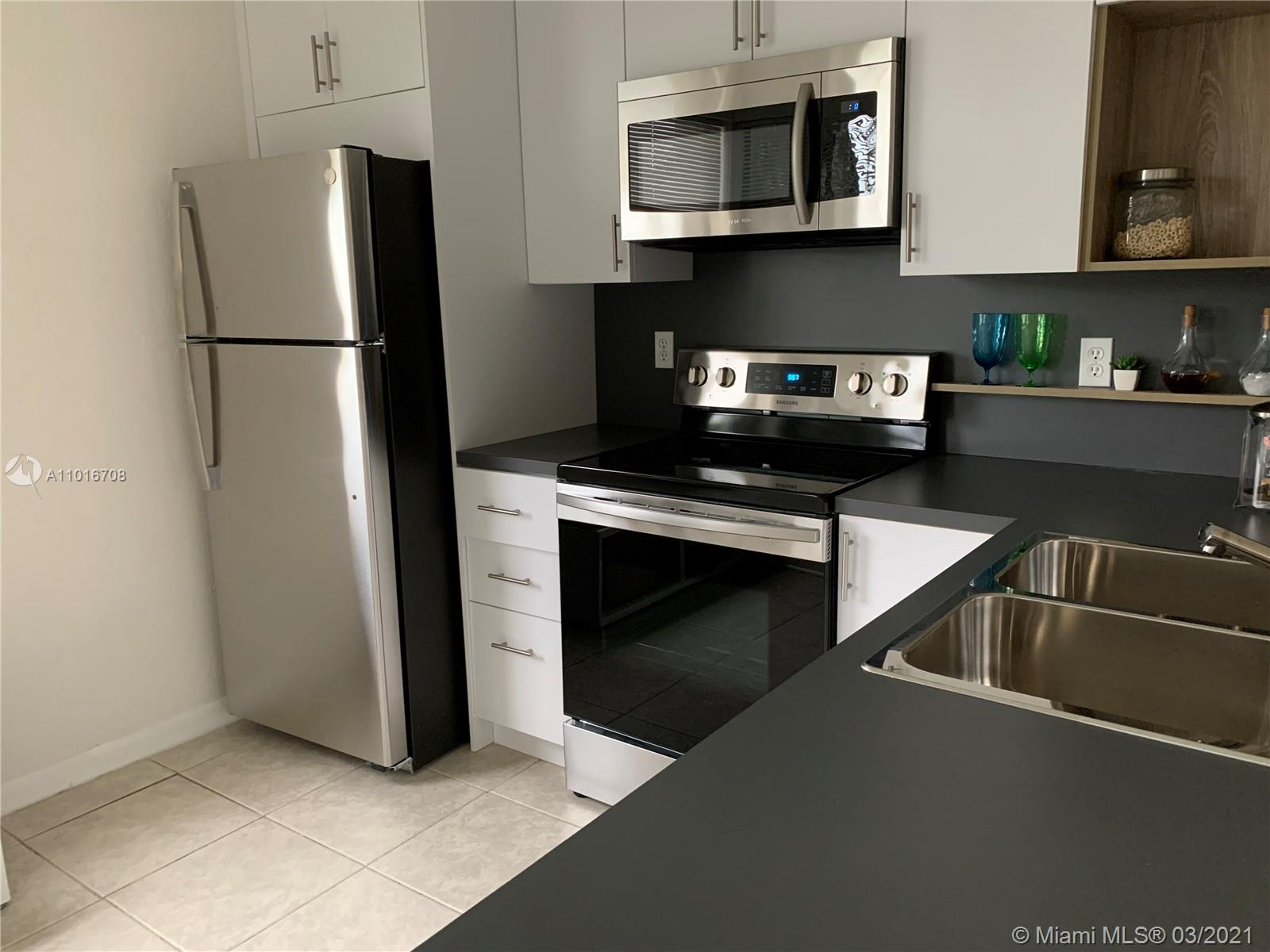 910 Constitution Dr #910C Property Photo - Homestead, FL real estate listing