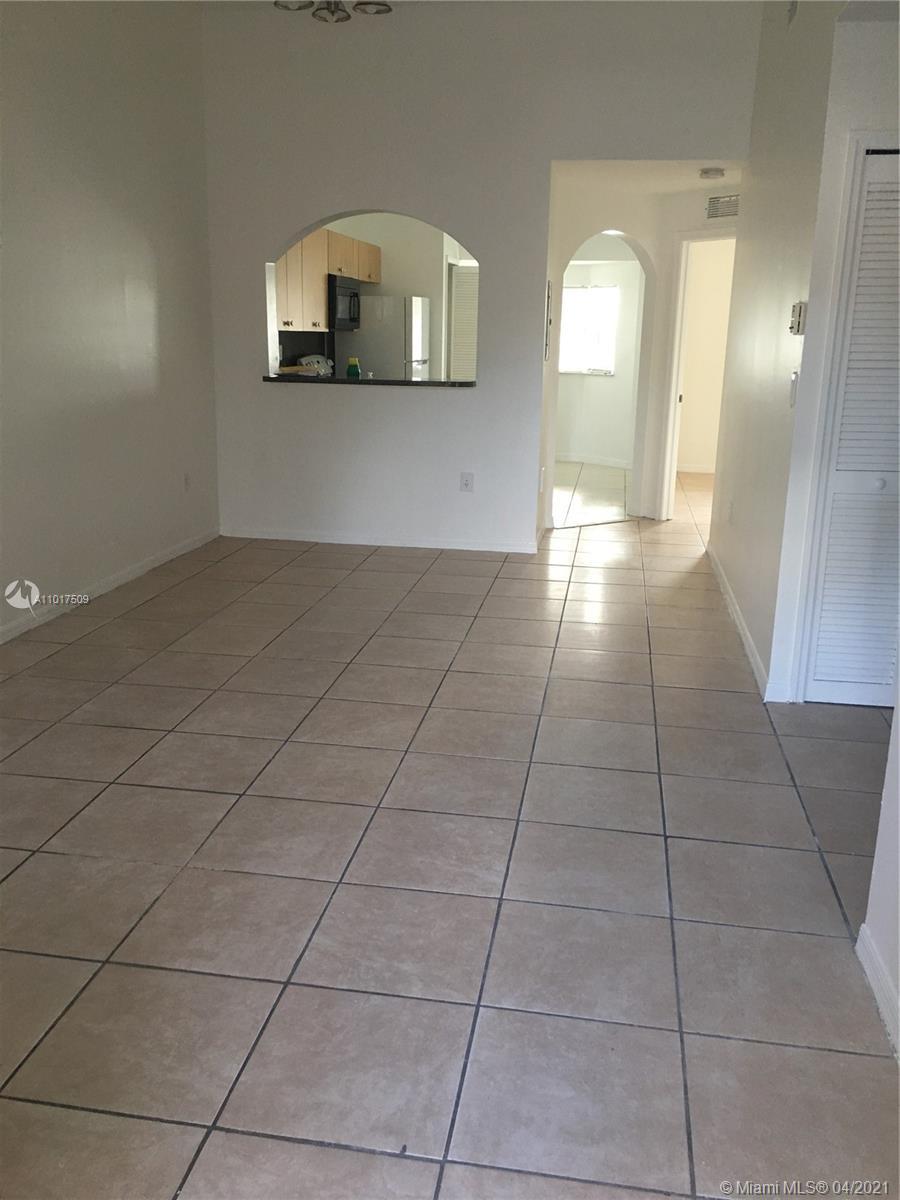 2910 Se 13th Ave #203-50 Property Photo