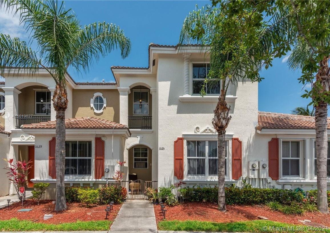 Marbella Bay Real Estate Listings Main Image