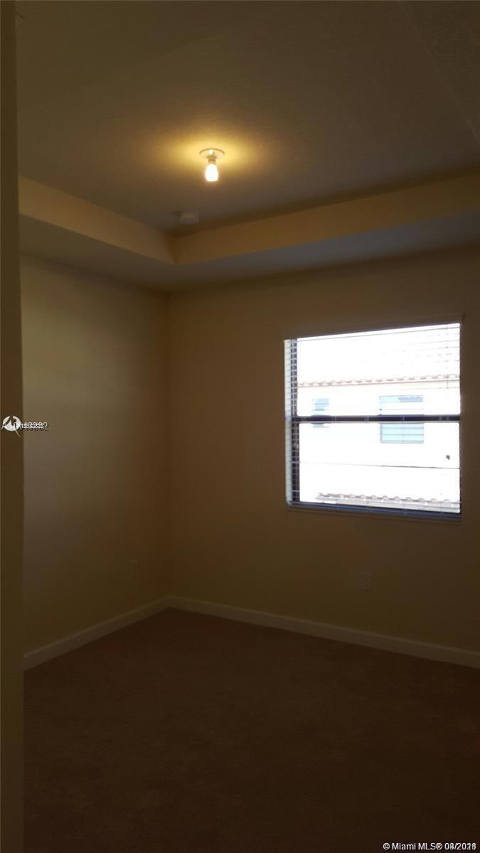 3205 Se 6th St #3205 Property Photo