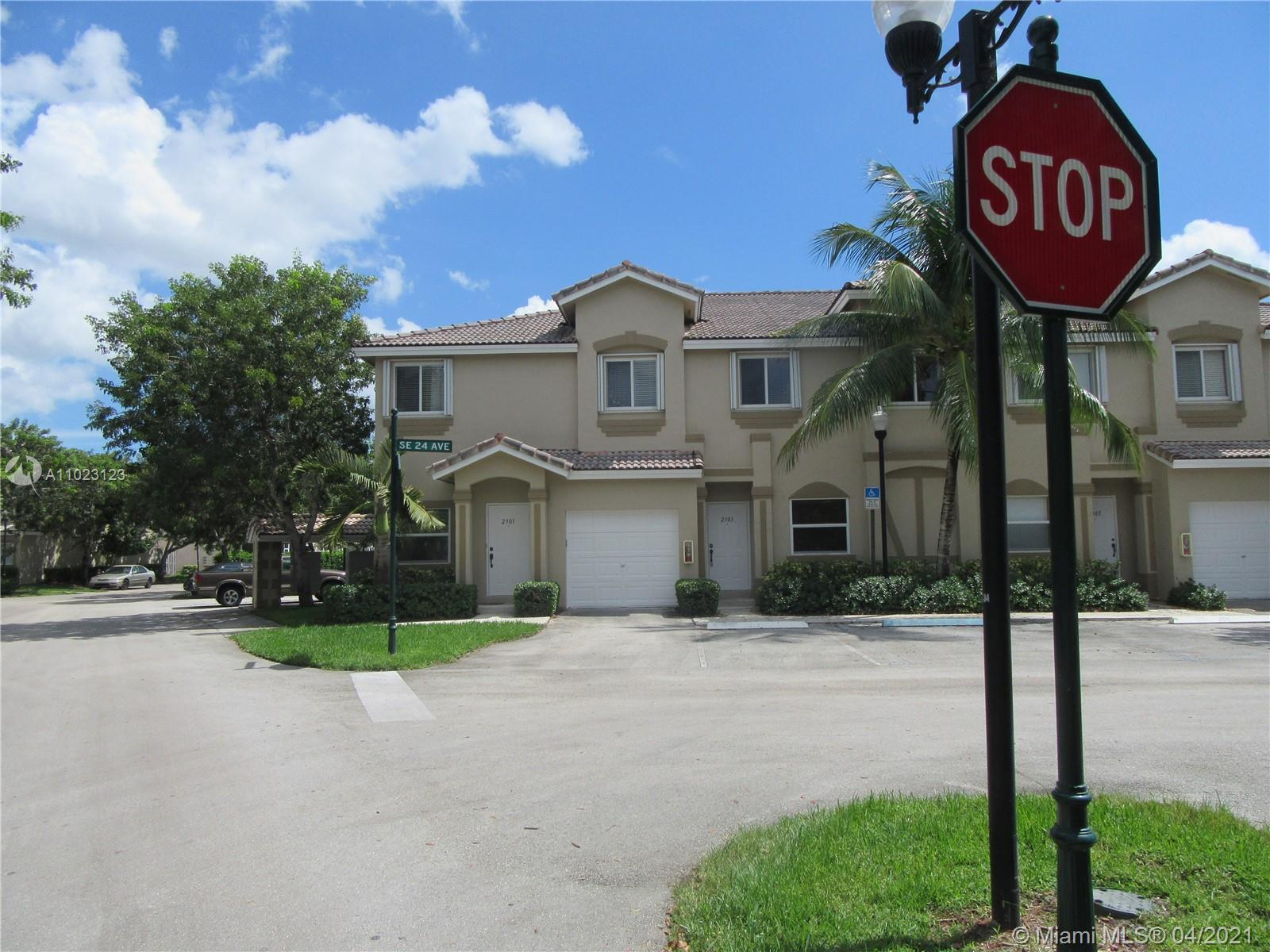 2303 Se 24th Ave #2303 Property Photo