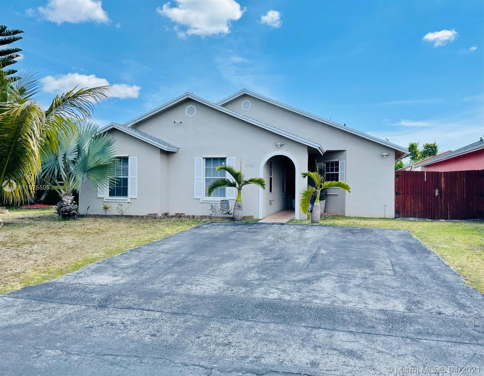 25021 SW 128th Path Property Photo - Homestead, FL real estate listing