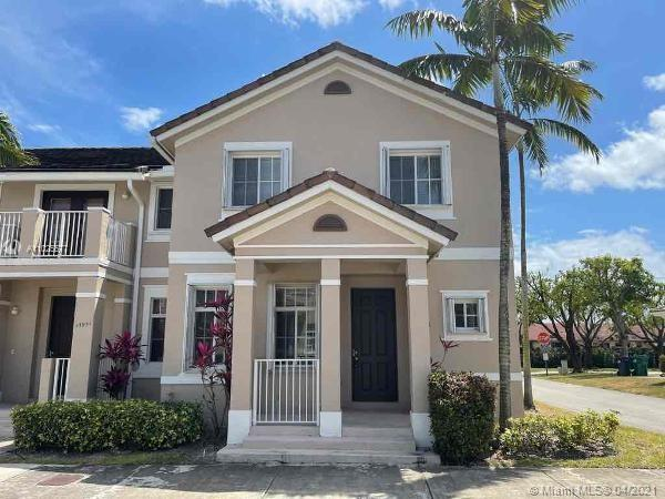 SW 279th Ln Property Photo - Homestead, FL real estate listing