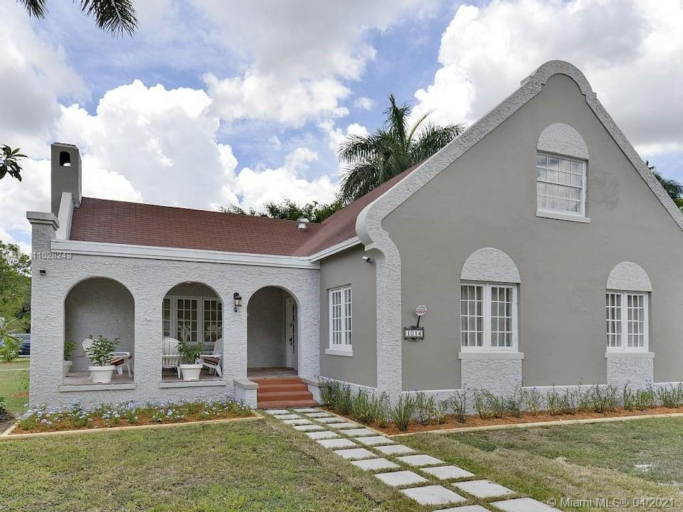 1014 Ne 1st Ave Property Photo