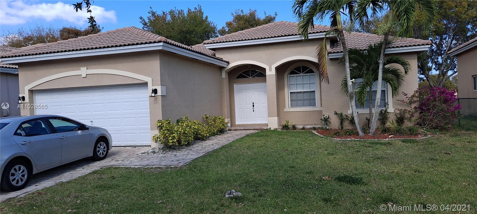 2201 Se 16th Ave Property Photo
