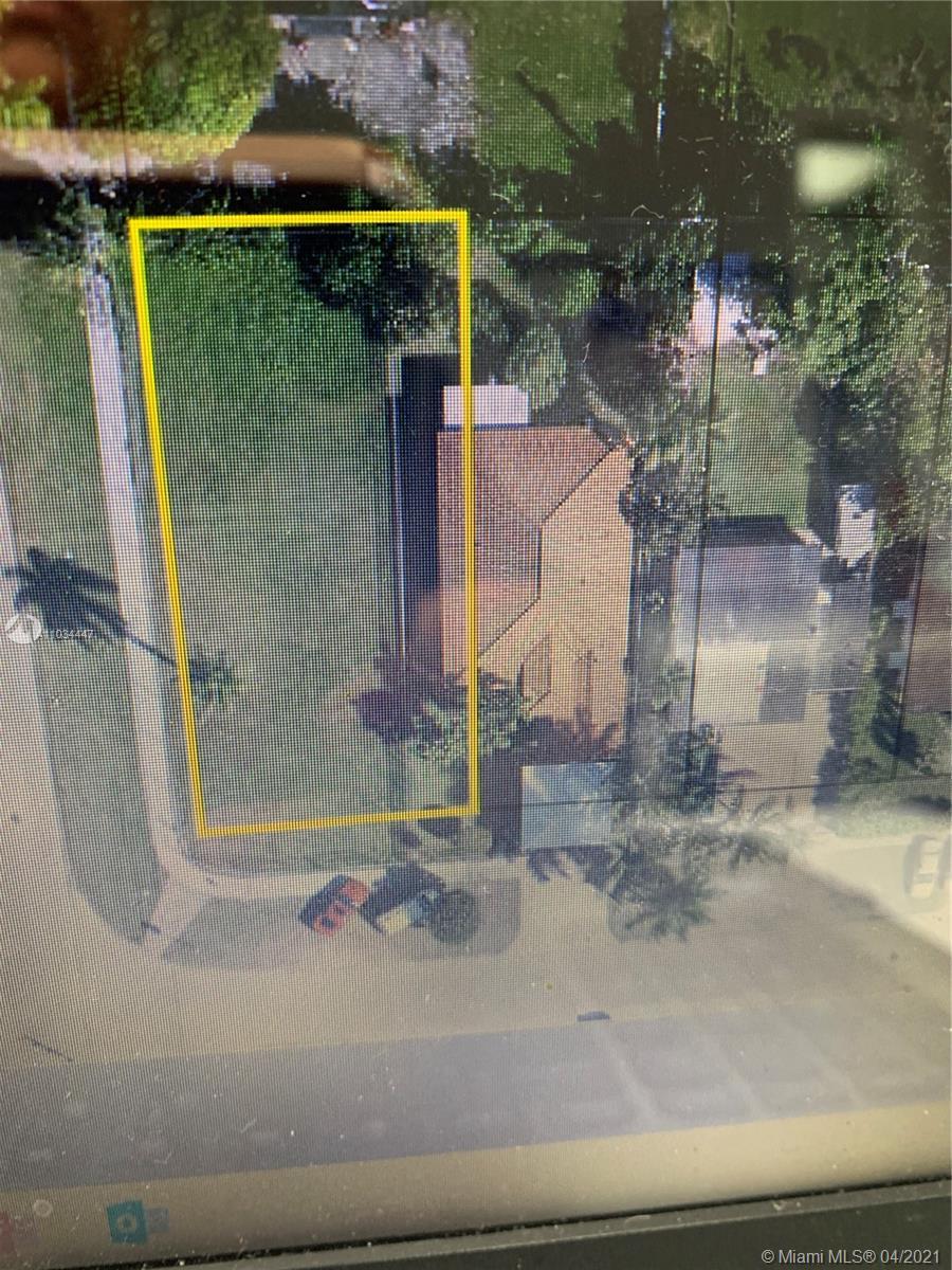 801 Ne 12th Ave Property Photo