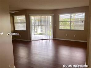 2212 Se 27th Dr #201-b Property Photo