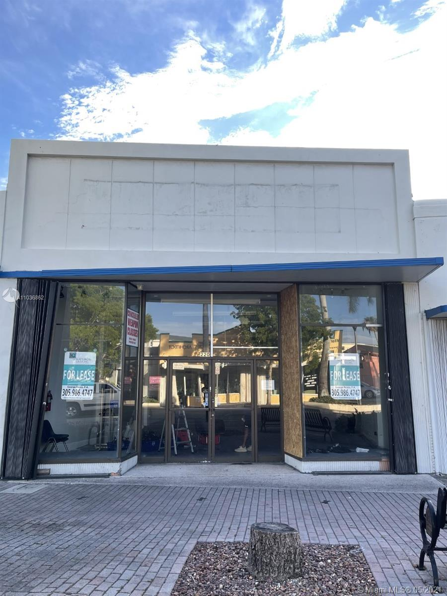 220 N Krome Ave Property Photo