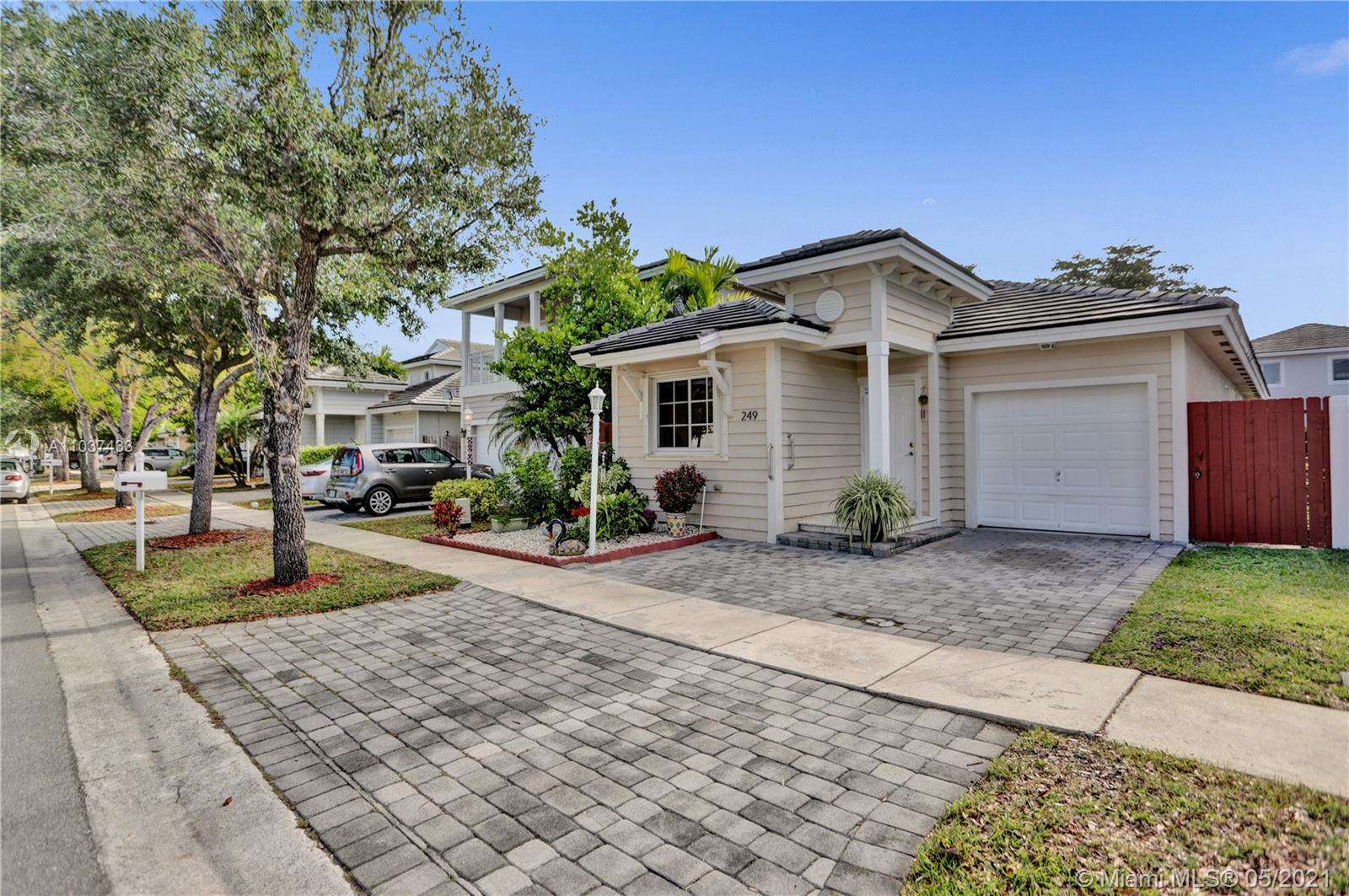 249 SE 32nd Ave Property Photo - Homestead, FL real estate listing