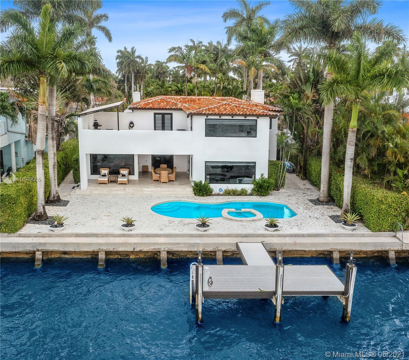 7500 Miami View Dr Property Photo 1