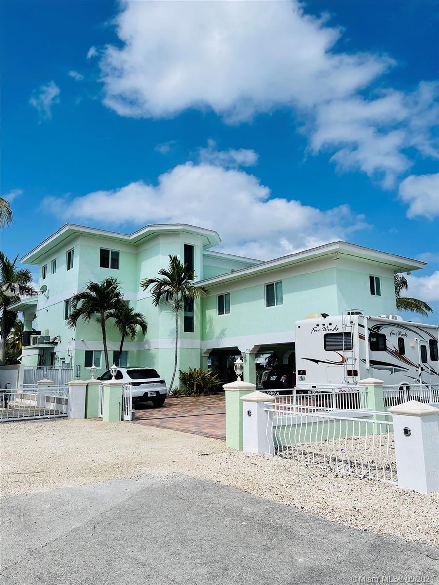 132 4th Ln Property Photo 1