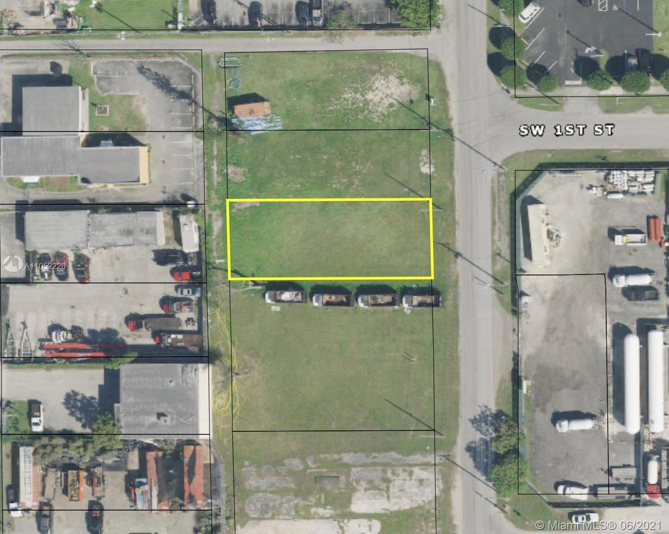 114 Sw 2nd Ave Property Photo