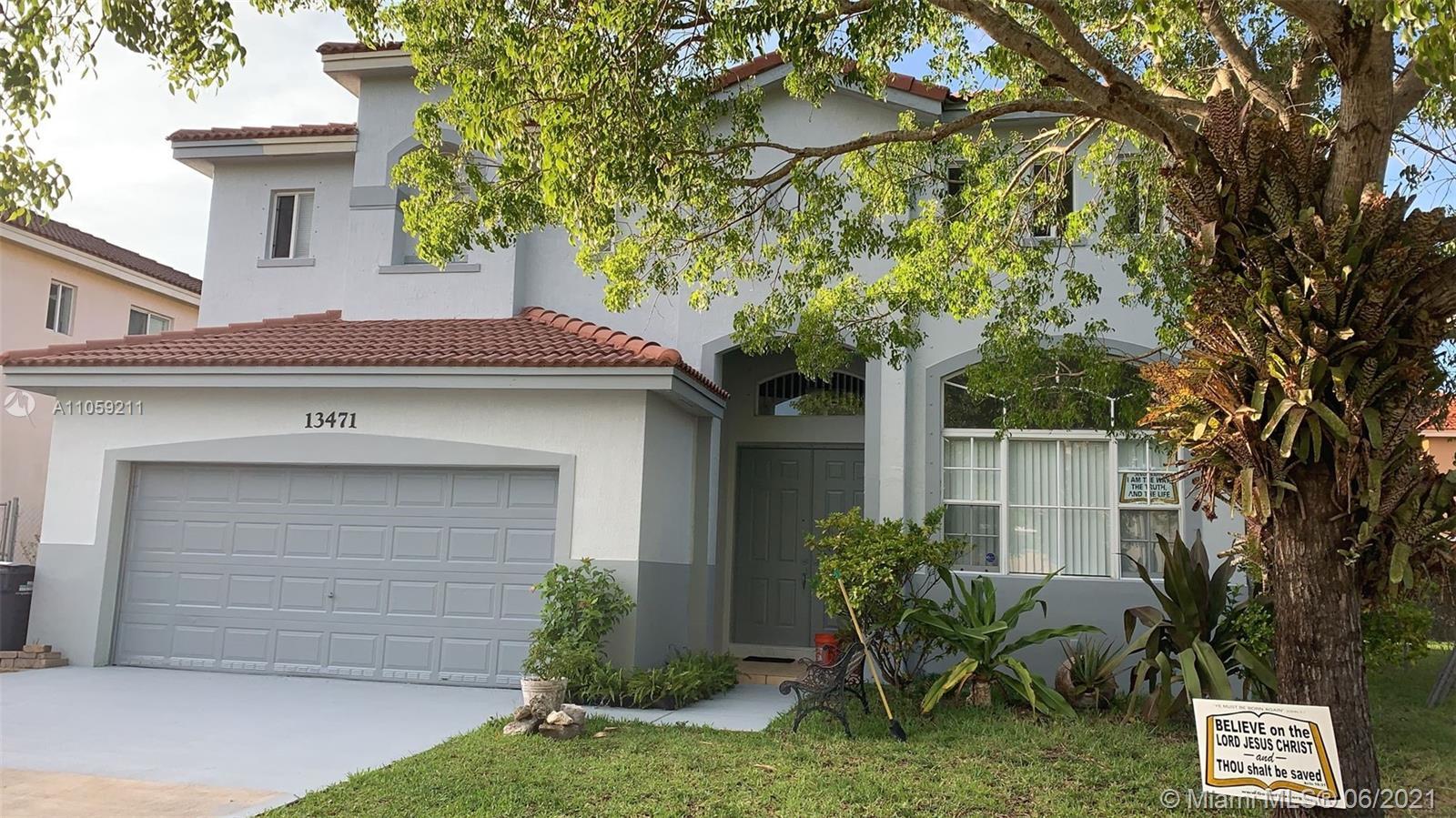 13471 Sw 260 Ln Property Photo 1