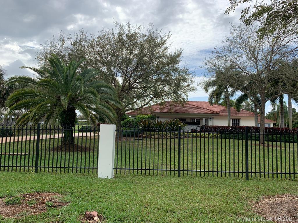 15760 Sw 242nd St Property Photo 1