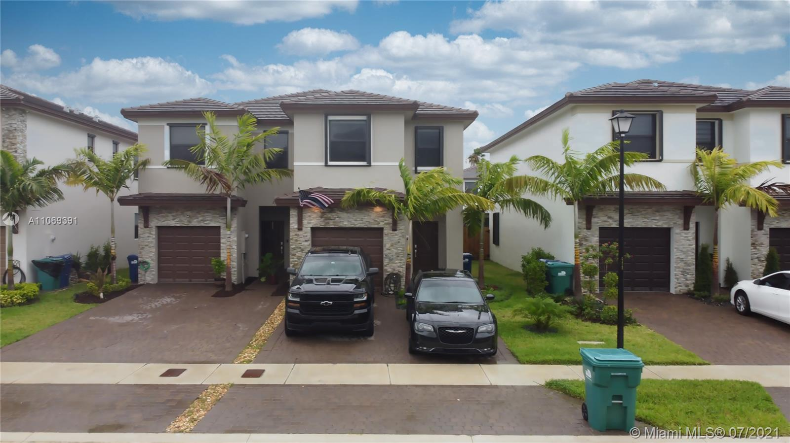 25134 Sw 108th Ct Property Photo 1
