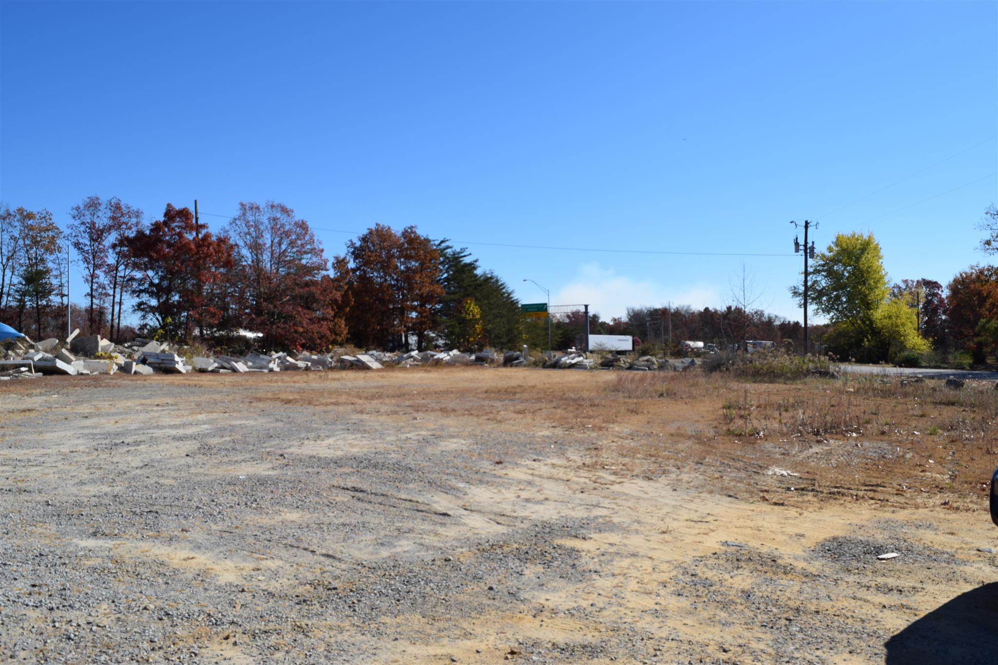 956 Dixie Lee Ave Property Photo