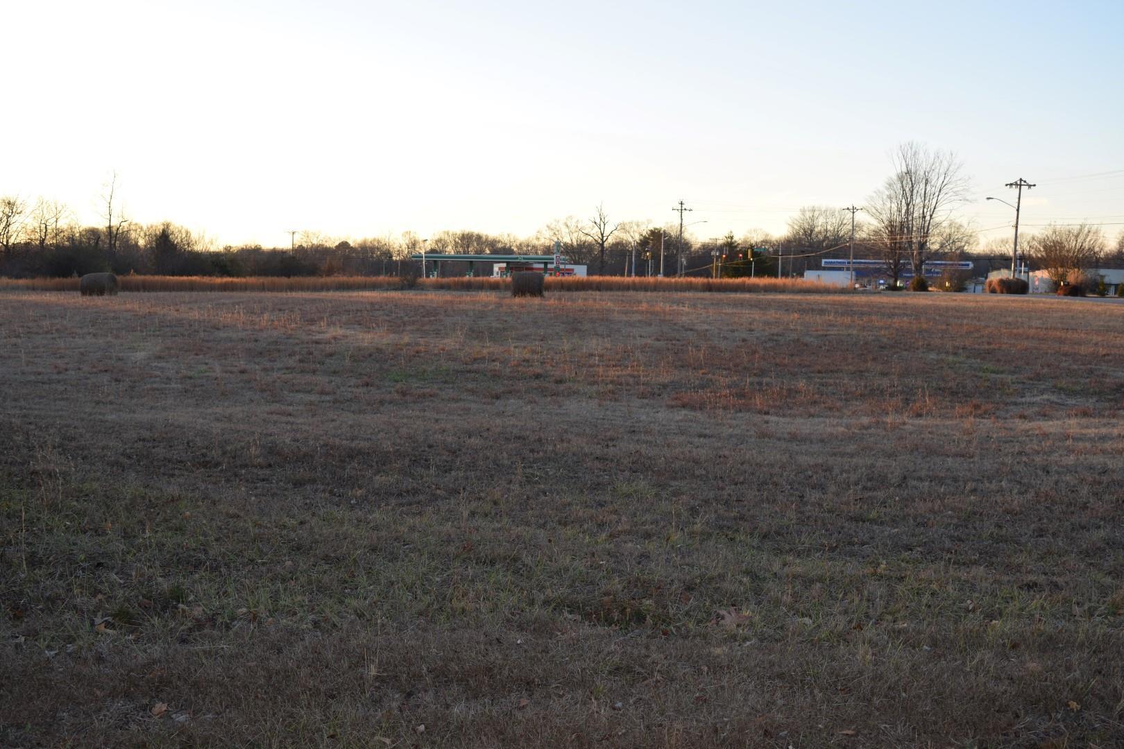 970 Oak Dr Property Photo
