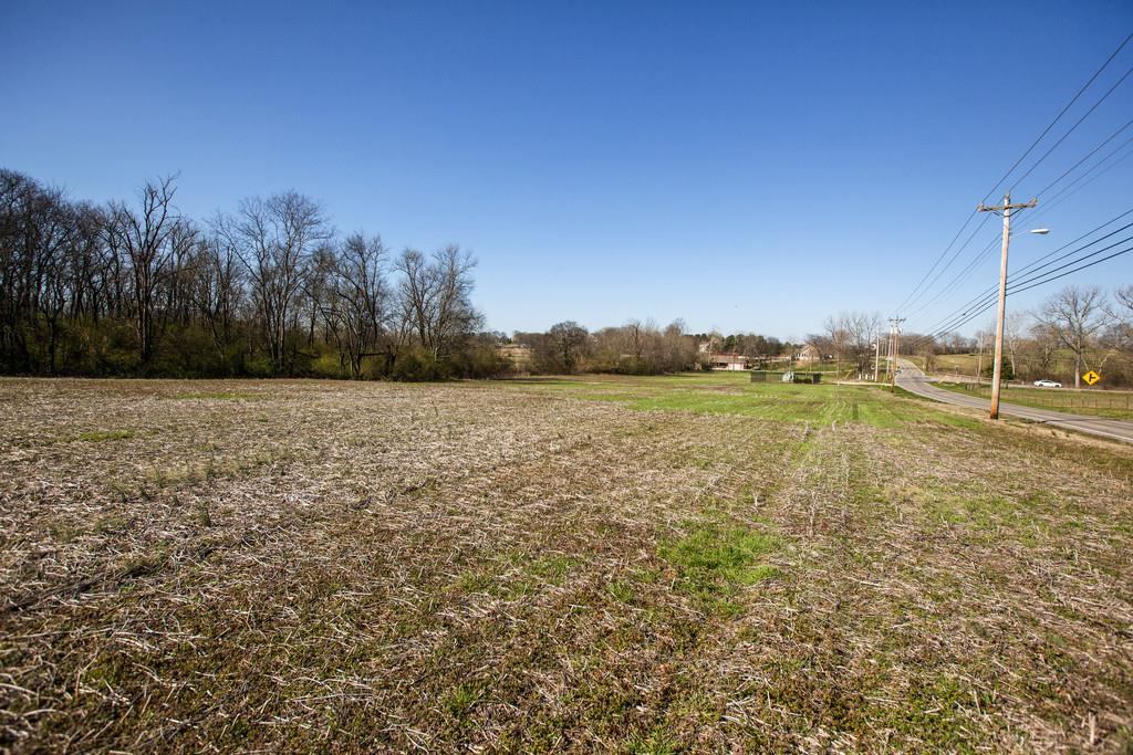 825 Beechcroft Rd Property Photo - Spring Hill, TN real estate listing