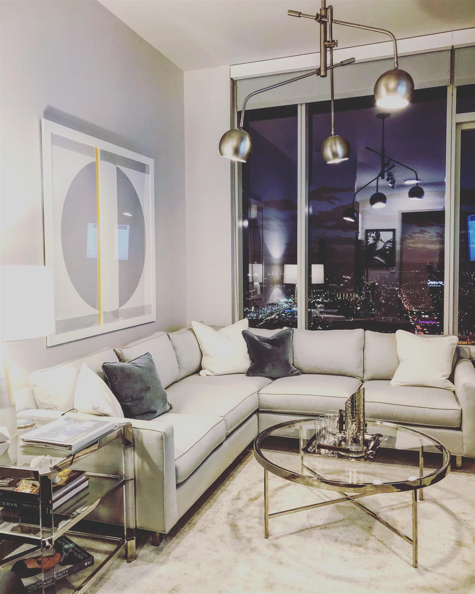 505 High Rise Condominiums Real Estate Listings Main Image