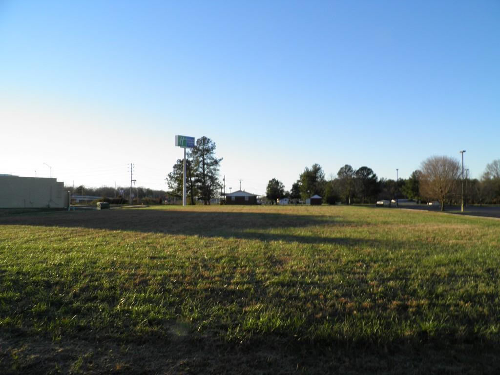 107 Hospitality Blvd Property Photo - Manchester, TN real estate listing