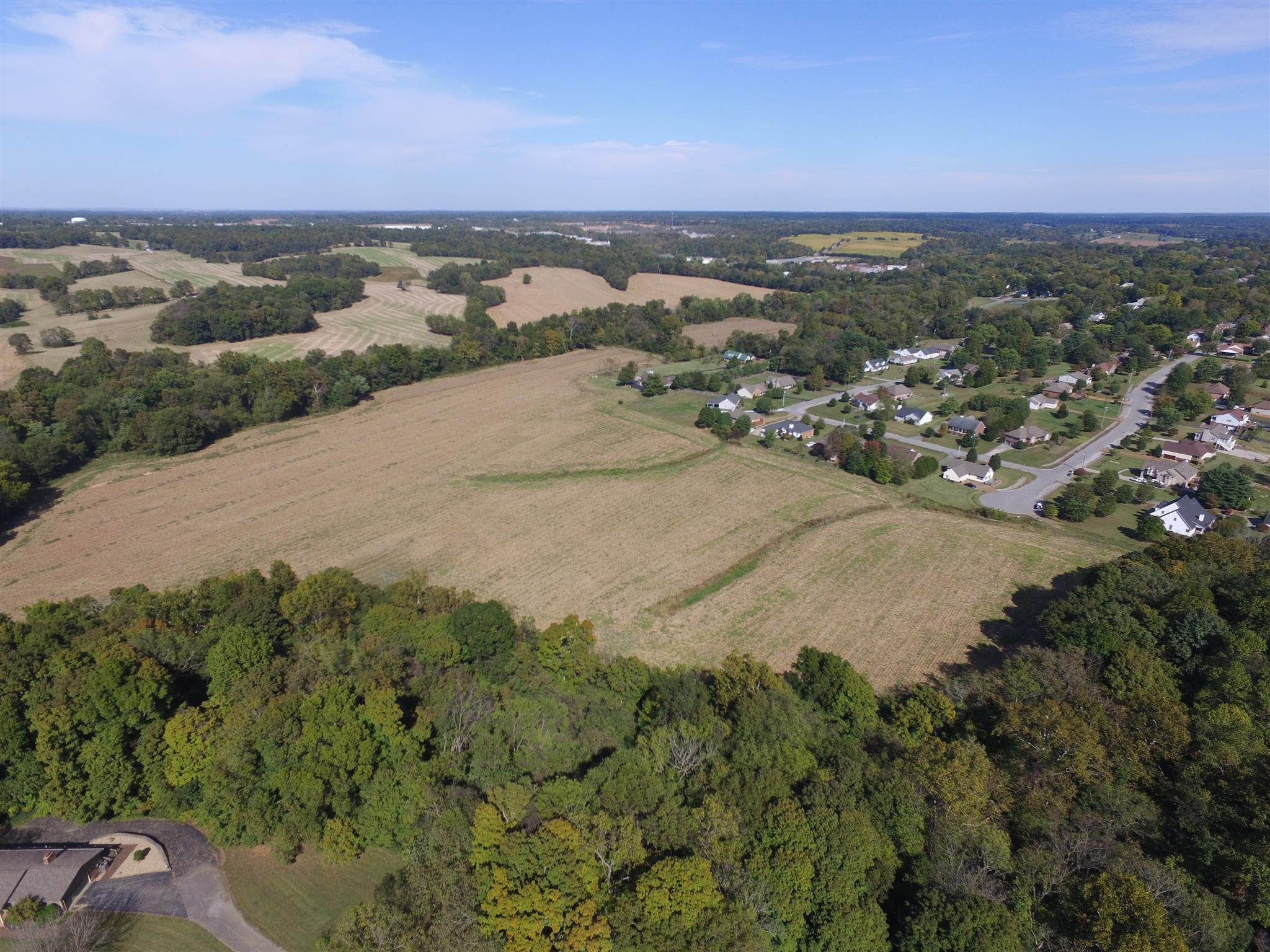 806 Crestview Drive, Springfield, TN 37172 - Springfield, TN real estate listing