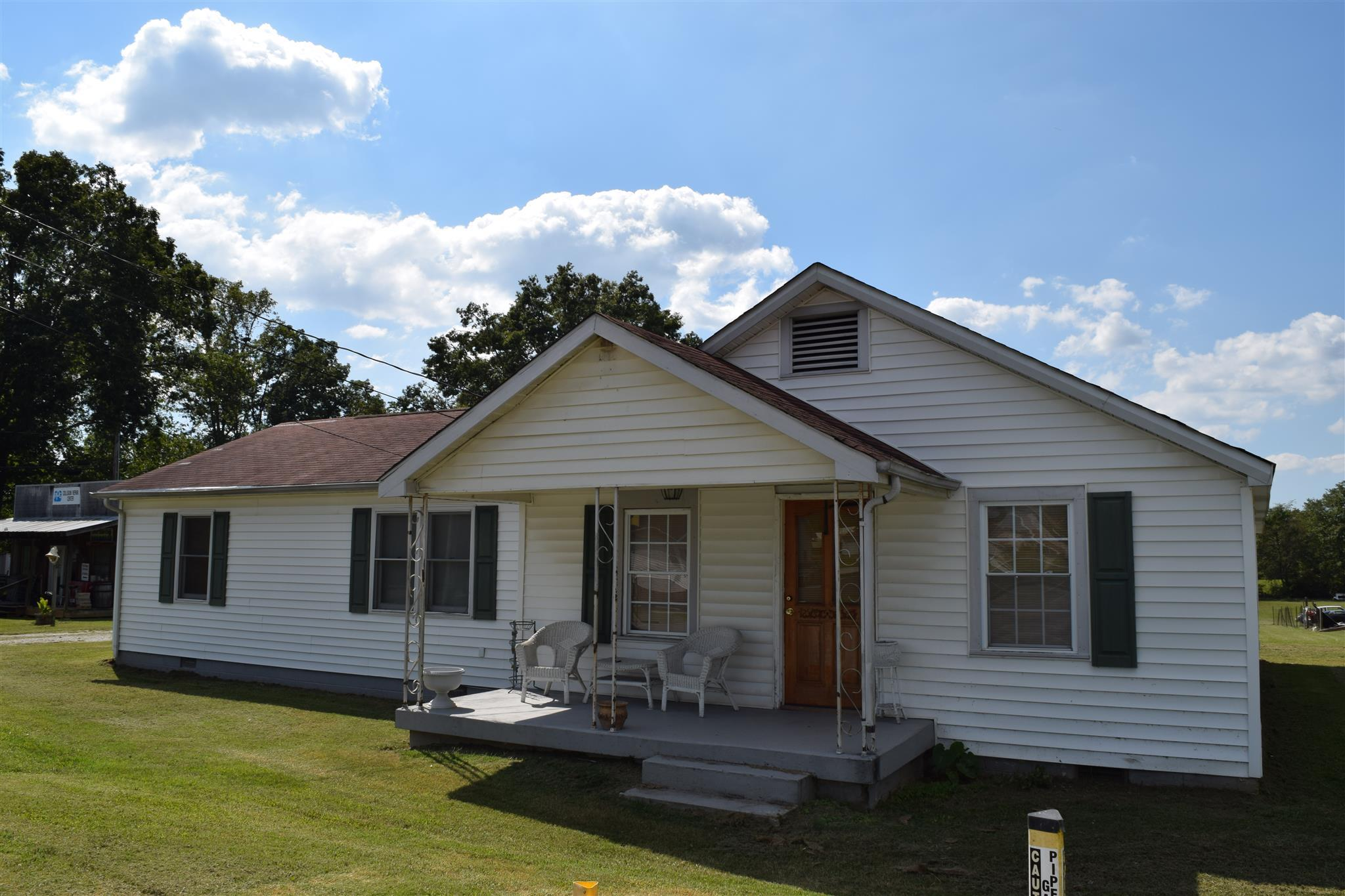 1789 Woodbury Highway, Manchester, TN 37355 - Manchester, TN real estate listing