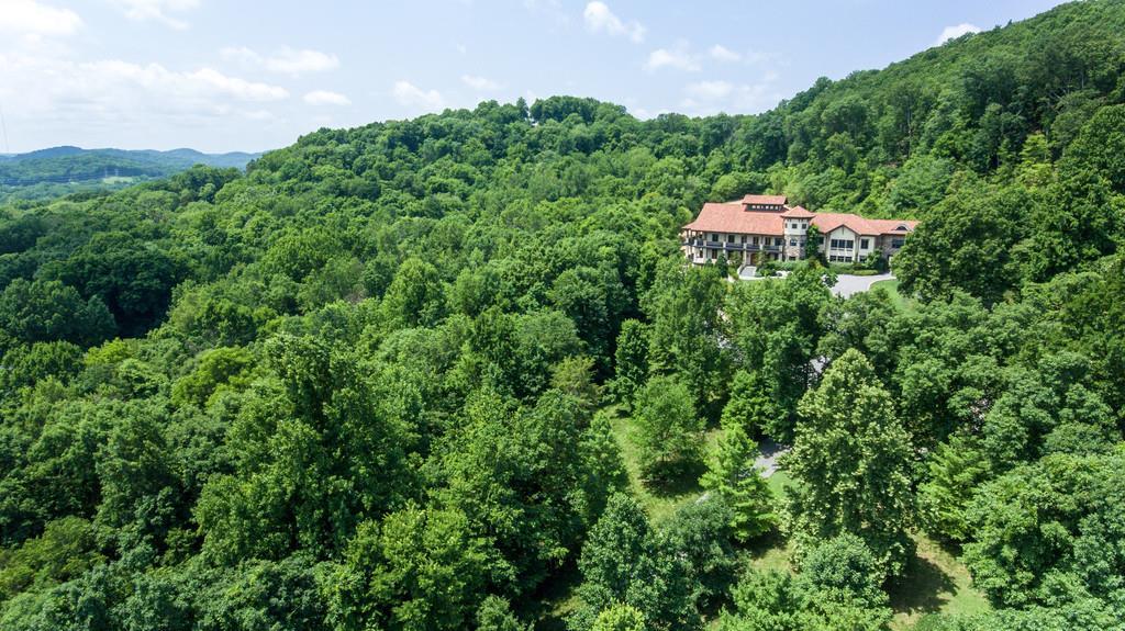39 Bancroft Pl, Nashville, TN 37215 - Nashville, TN real estate listing