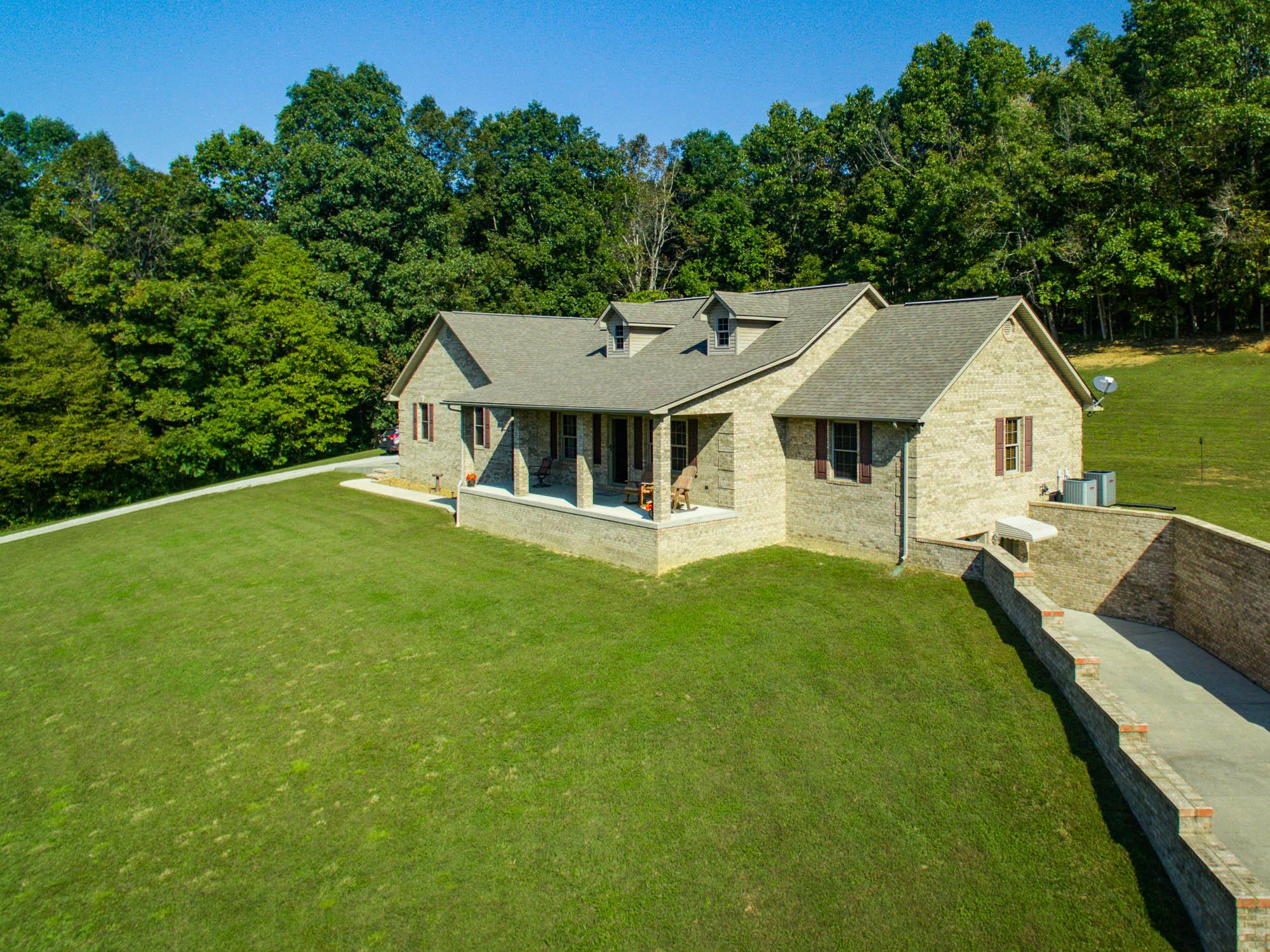 914 Tollie Lane, Jamestown, TN 38556 - Jamestown, TN real estate listing