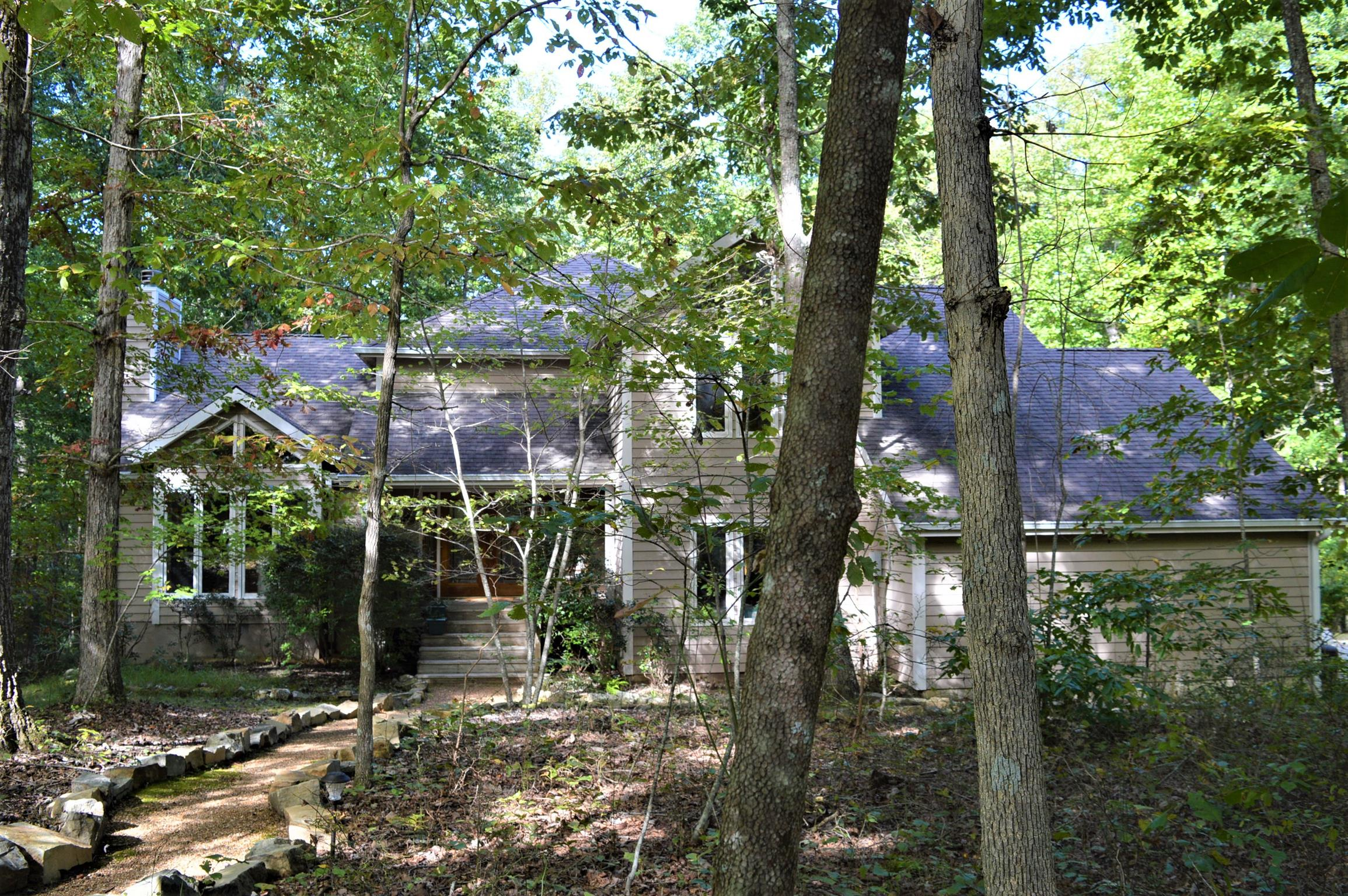 174 Carpenter Cir, Sewanee, TN 37375 - Sewanee, TN real estate listing