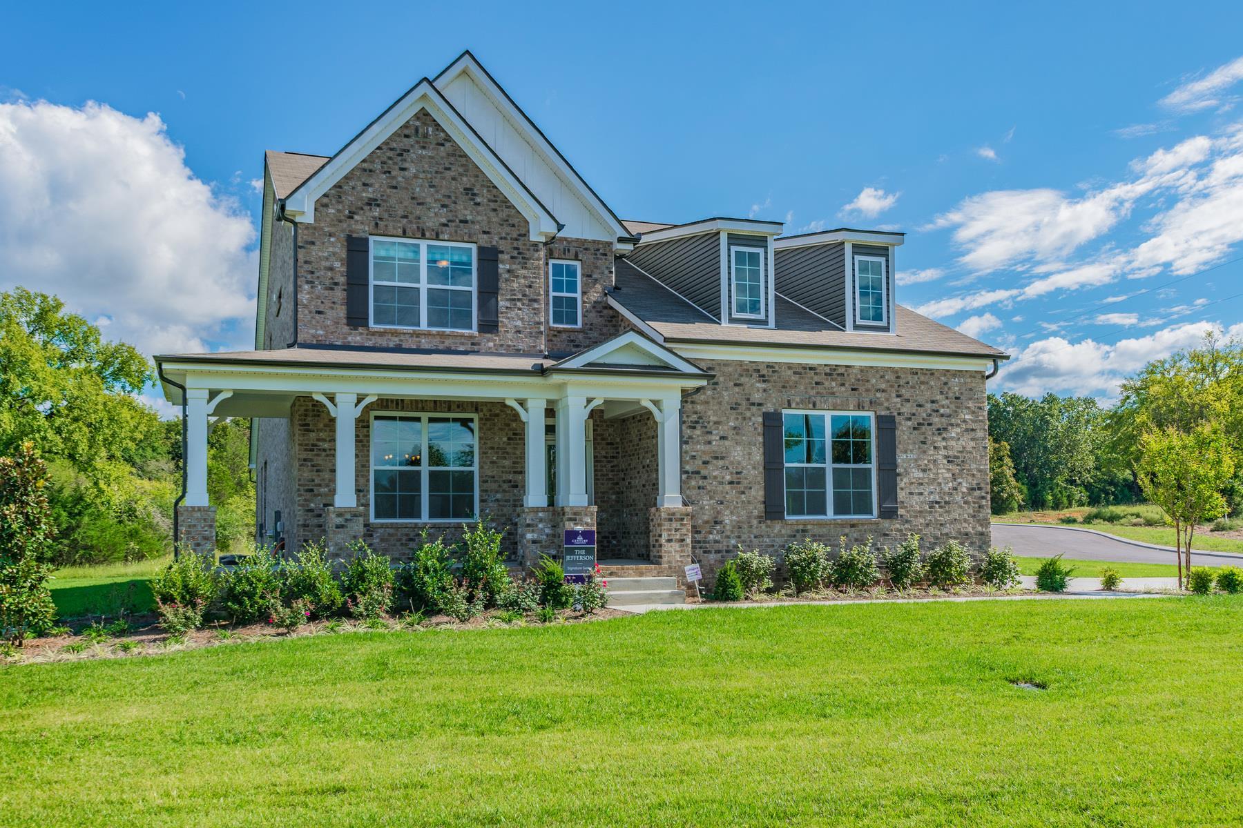 305 Twelve Oaks Ln- Model, Lebanon, TN 37087 - Lebanon, TN real estate listing