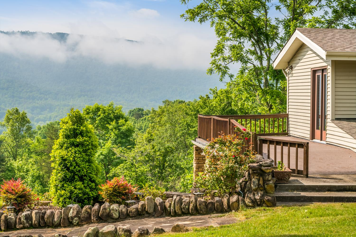 362 Daisy Dr, Pikeville, TN 37367 - Pikeville, TN real estate listing