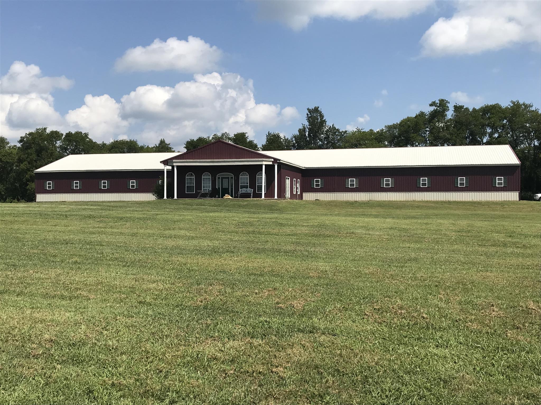 2397 Ben Williams Rd, Shelbyville, TN 37160 - Shelbyville, TN real estate listing