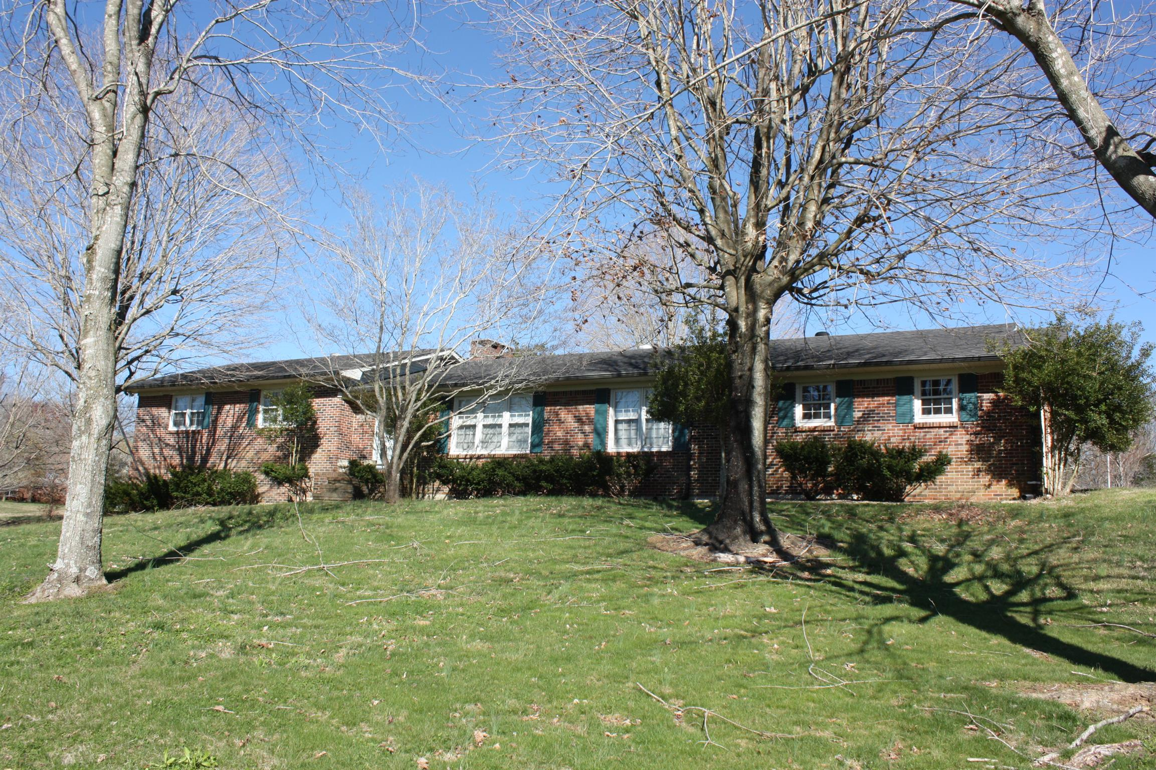 8910 Smithville Hwy, McMinnville, TN 37110 - McMinnville, TN real estate listing